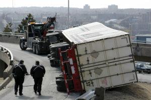 Gainesville, GA – Semi-Truck Rollover Traps and Kills One Individual